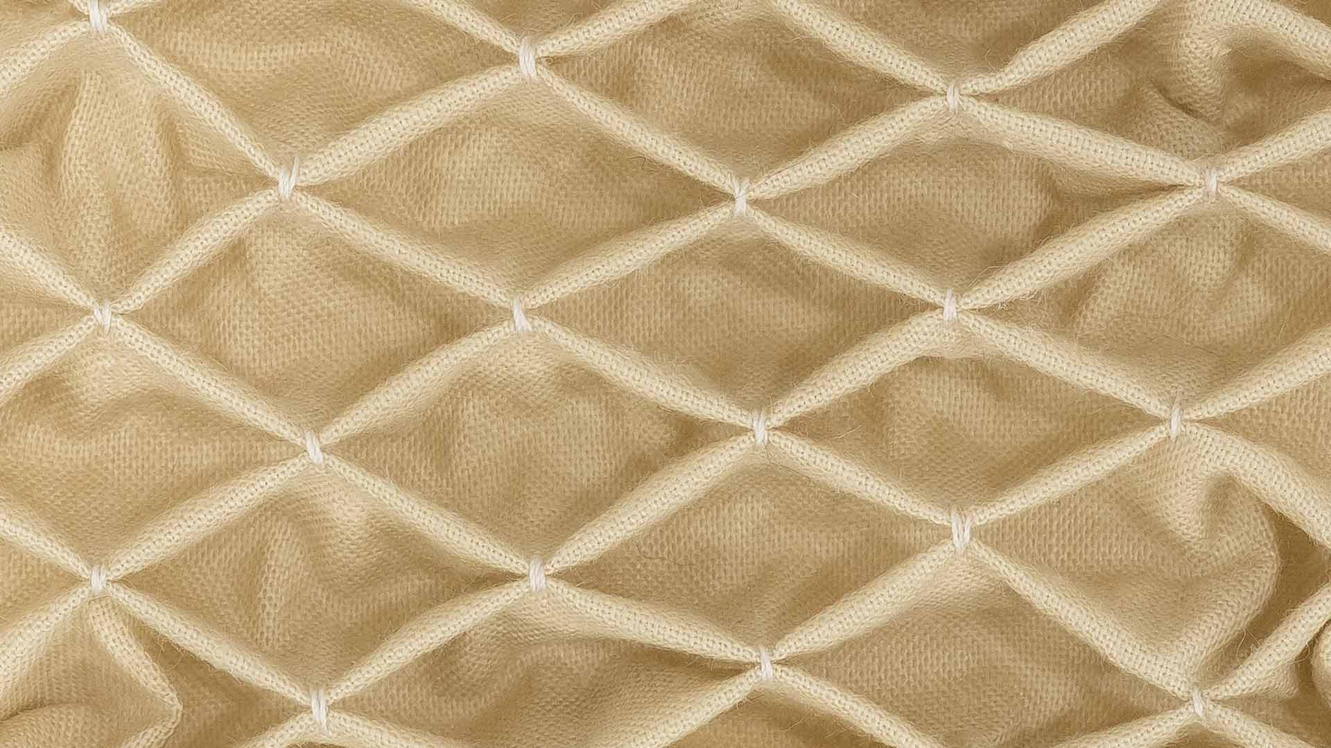 honeycomb smocking professor pincushion. Black Bedroom Furniture Sets. Home Design Ideas