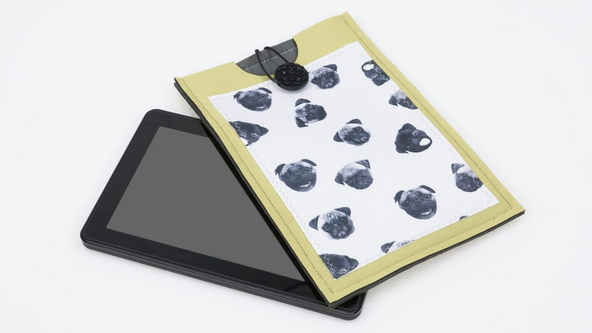 Neoprene Tablet Sleeve OUT